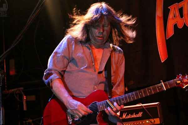 PAT TRAVERS BAND (USA)